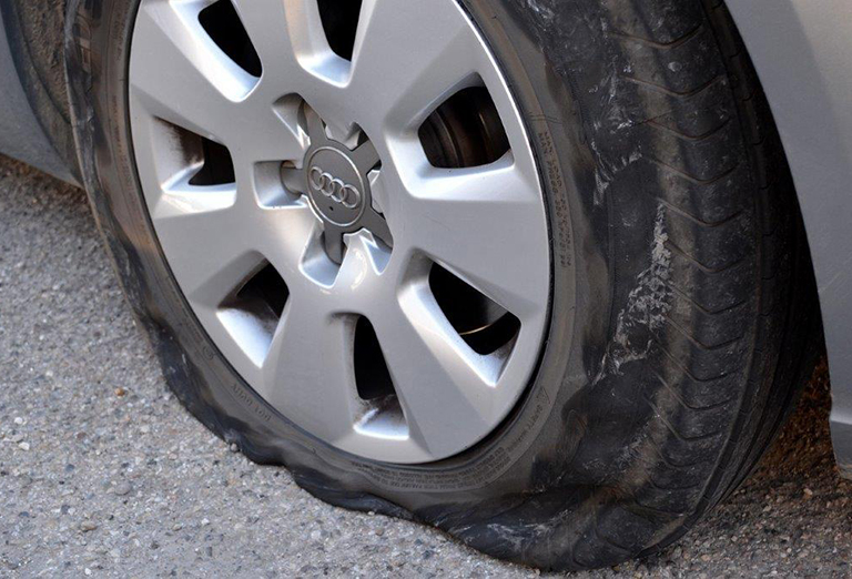 2,500 potholes reported DAILY in 2017/18